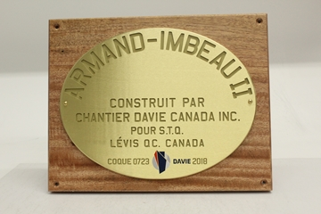 Picture of Wall Plaque - Wood and brass - Chantier maritime Davie