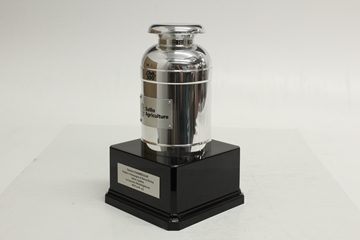 Picture of Custom-made - Acrylic trophy - Milk Can